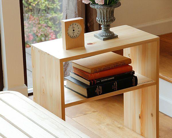 広島の家具職人が手づくりの北欧風木製テーブルひのきの木製ナイトテーブル_詳細02