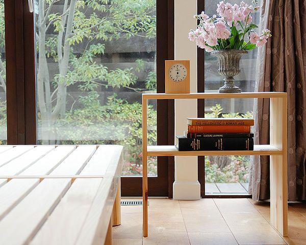 広島の家具職人が手づくりの北欧風木製テーブルひのきの木製ナイトテーブル_詳細03