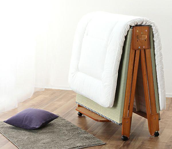 出し入れ簡単!折り畳みが驚くほど軽くてスムーズな木製折りたたみ畳ベッド シングルロータイプ_詳細02