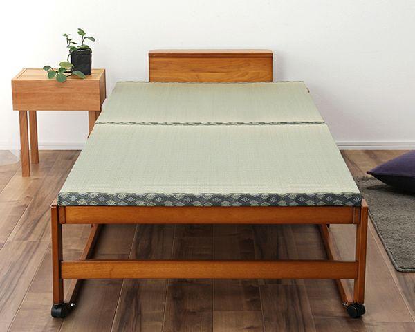 出し入れ簡単!折り畳みが驚くほど軽くてスムーズな木製折りたたみ畳ベッド シングルハイタイプ_詳細03