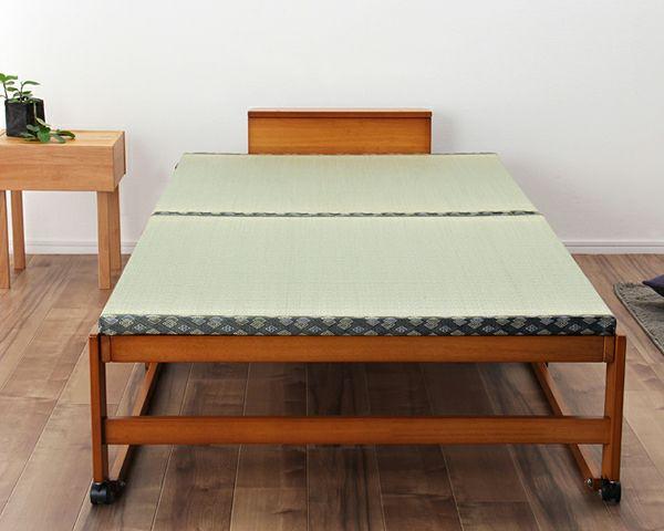 出し入れ簡単!折り畳みが驚くほど軽くてスムーズな木製折りたたみ畳ベッド ワイドシングルハイタイプ_詳細03