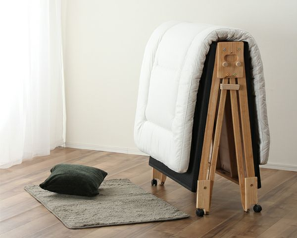 出し入れ簡単!折り畳みが驚くほど軽くてスムーズな炭入り折りたたみベッド 畳ベッドシングルロータイプ_詳細02