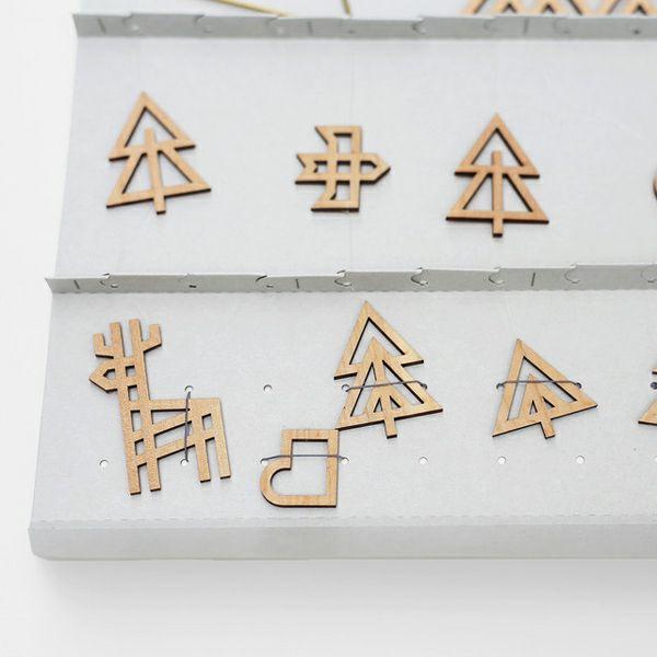 Sukima.(スキマ)真鍮と木製の森のモビール_詳細03