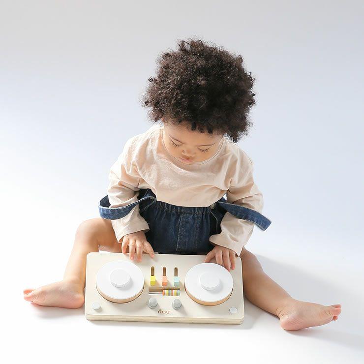 ターンテーブル型楽器のおもちゃ「dou?」LITTLEDJ 木のおもちゃ_詳細11
